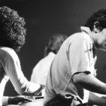 Ian Stewart al piano